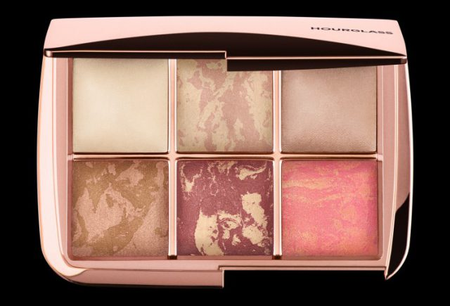 Hourglass-AMBIENT-LIGHTING-EDIT-VOLUME-3-HOLIDAY-2017-ROSE-GOLD-Christmas-2017-640x435