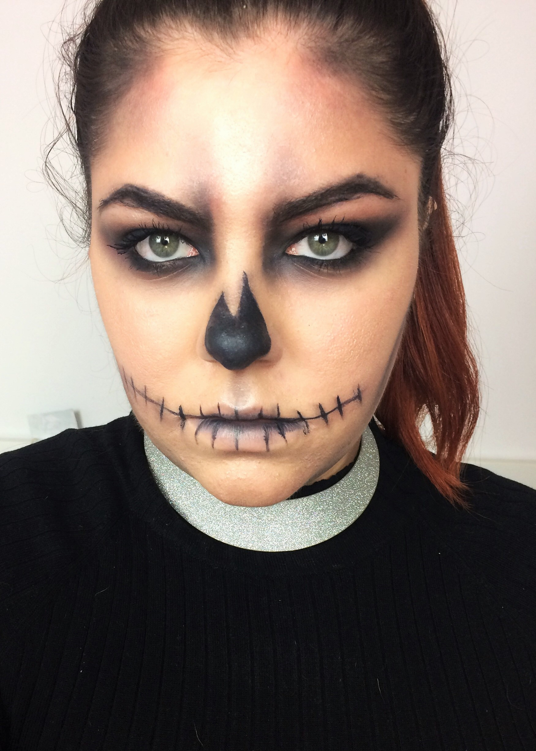 Glam and easy skull make up [Click Tore Read More]