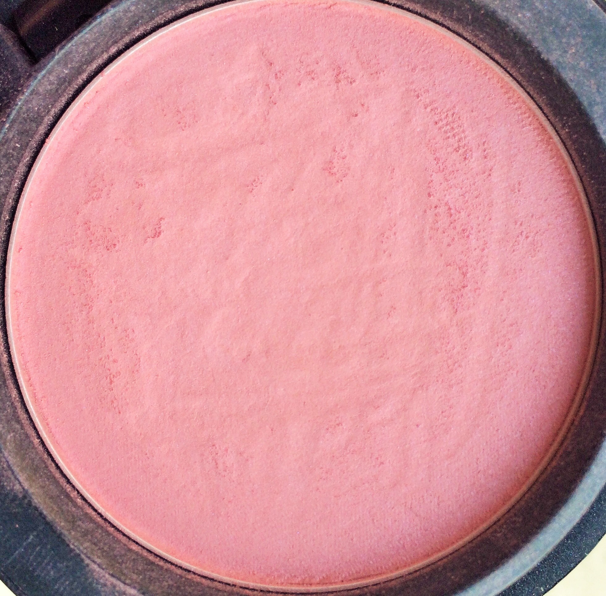 MAC Dame Powder Blush Review (2).jpg
