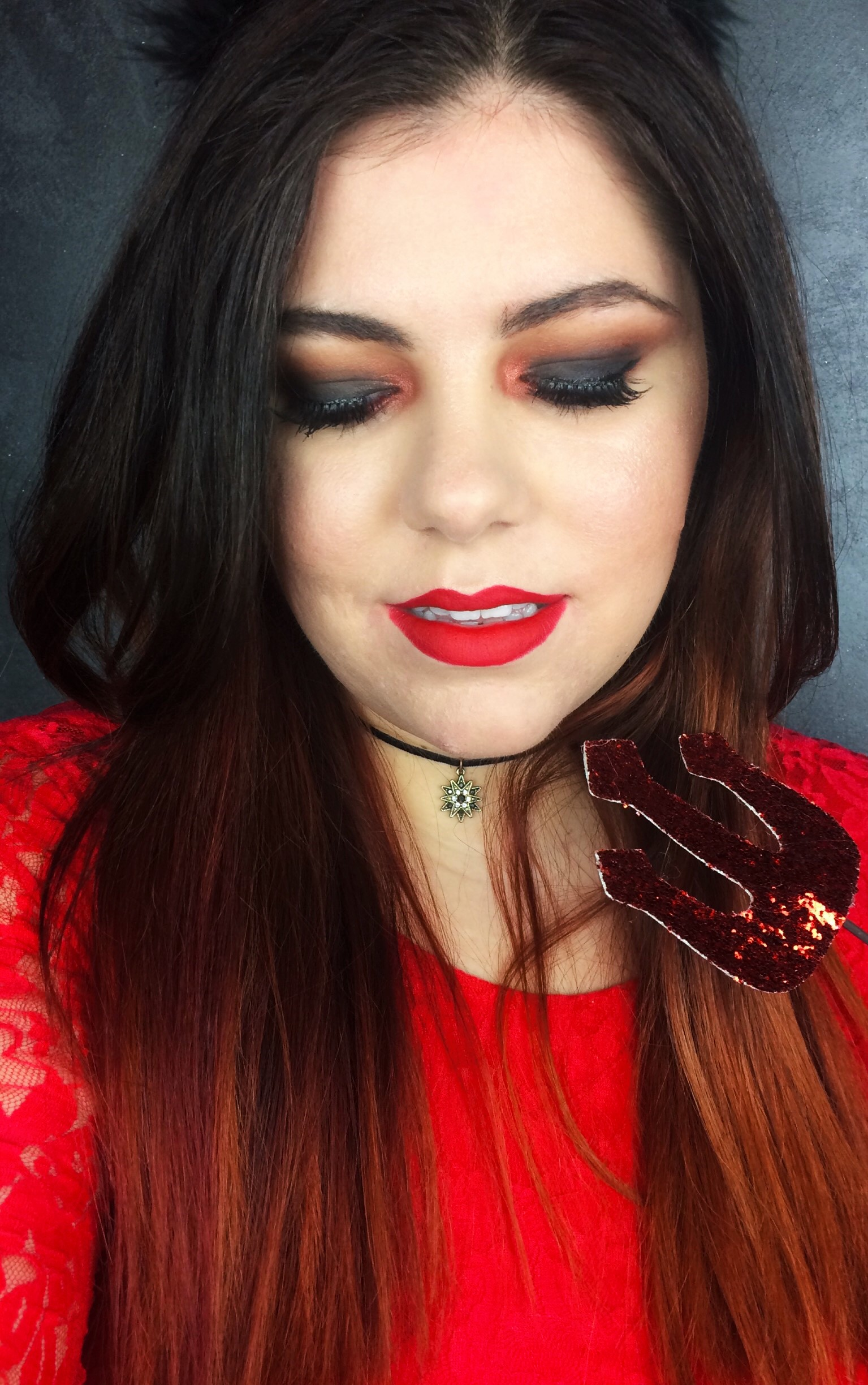 Sexy Devil Red Smokey Eye [Click To Read More]
