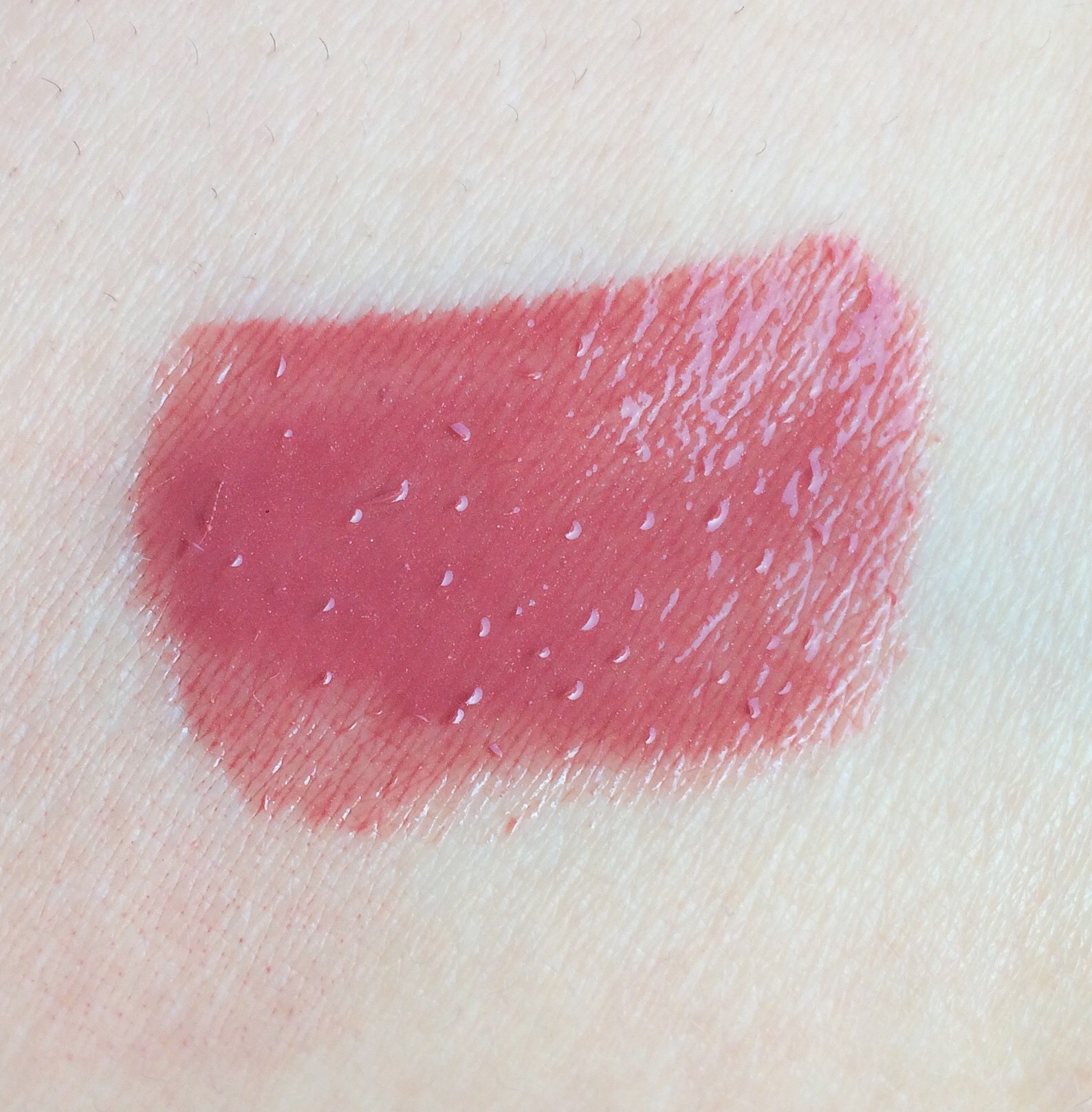 MAC Soar Lipglass Review (1)