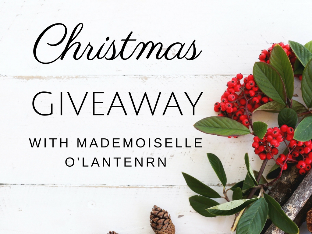 CHRISTMAS GIVEAWAY! *Closed*