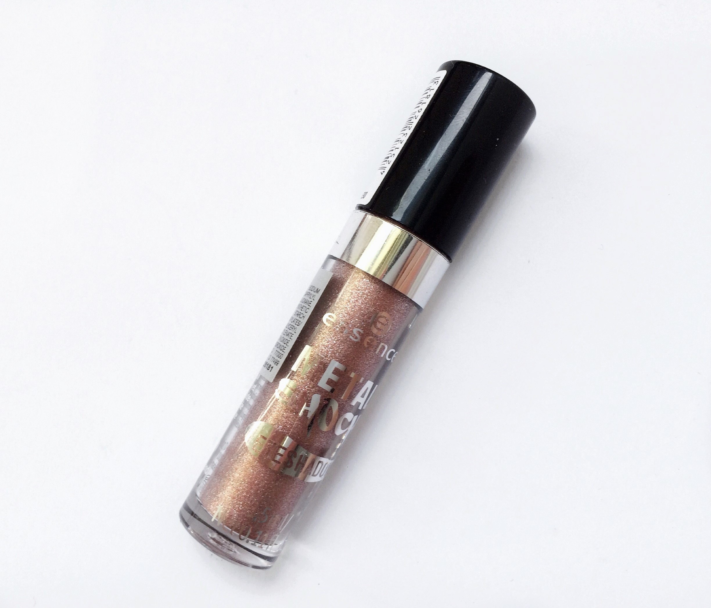 Review Essence Stars & Stories Metal Shock Eyeshadow (5)