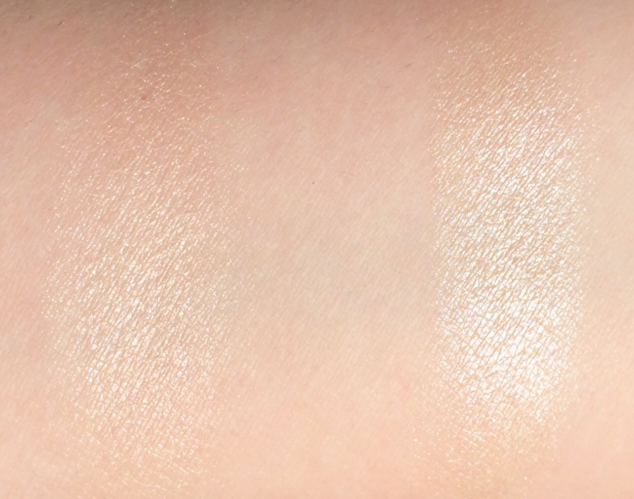 Review Fenty Lightning Dust Fire Crystal Killawatt Freestyle Highlighter Duo (7)