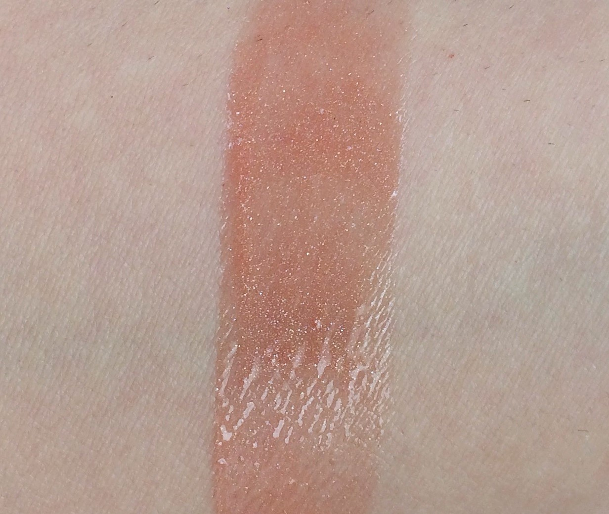 Fenty Beauty Gloss Bomb (5).jpg