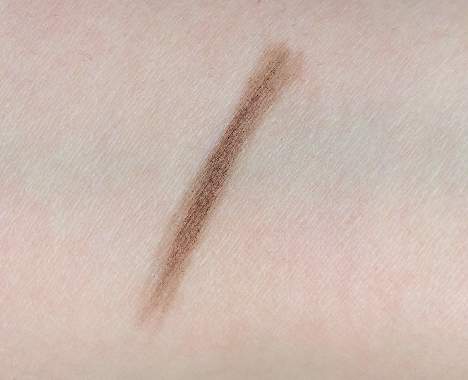 Maybelline Total Temptation Brow Definer Review (5)