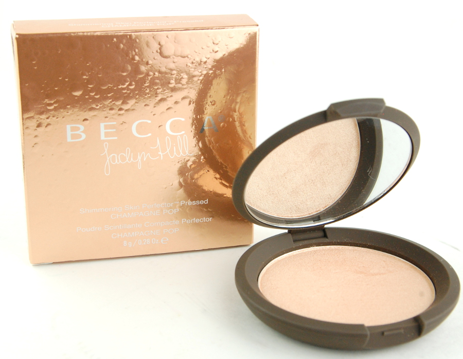 Becca-Jaclyn-Hill-Shimmering-Skin-Perfector-Pressed-Champagne-Pop-review-2.jpg