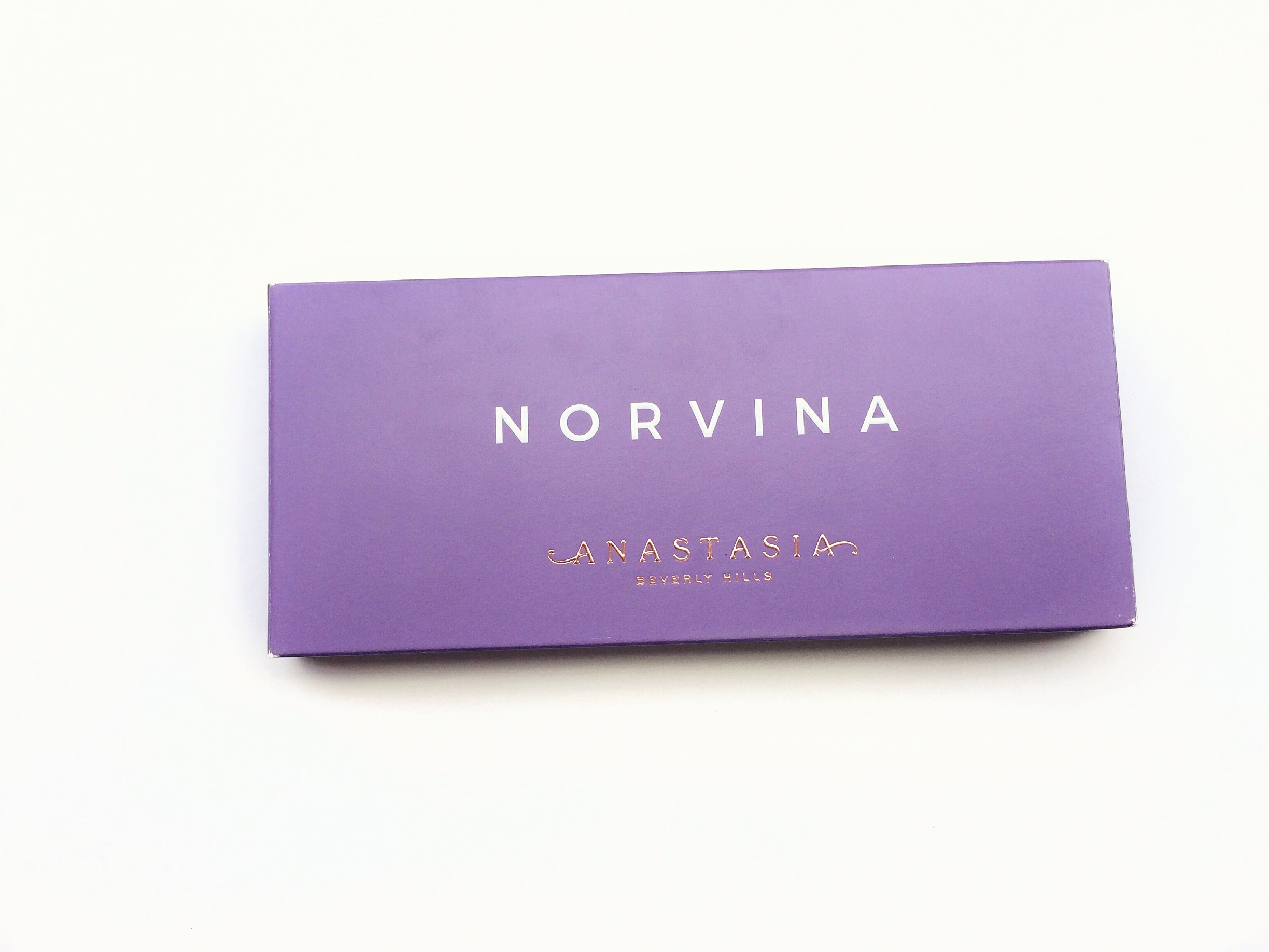 Review Anastasia Beverly Hills Norvina Palette (1)