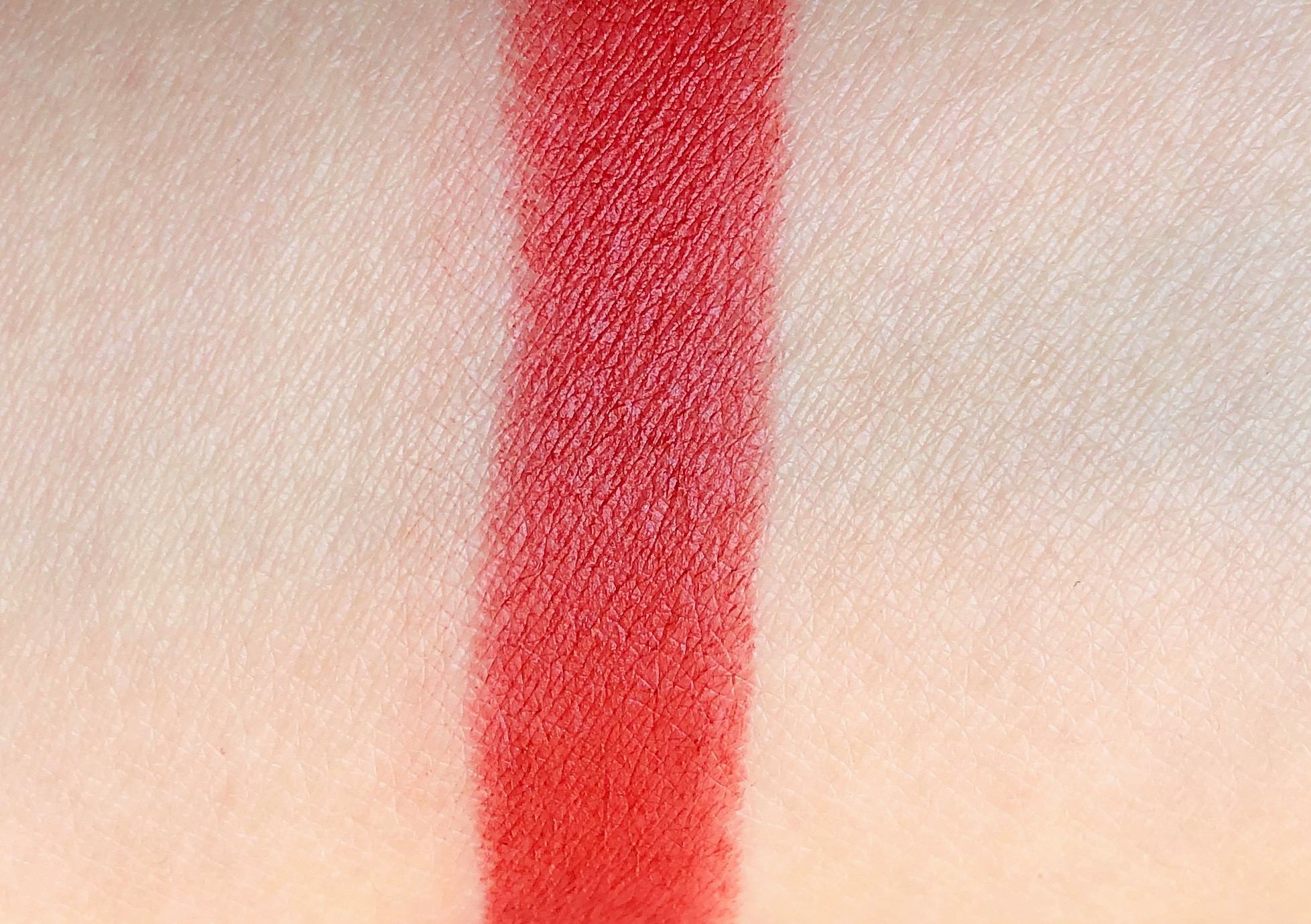 Review MAC Devoted To Chili Powder Lipstick (4)