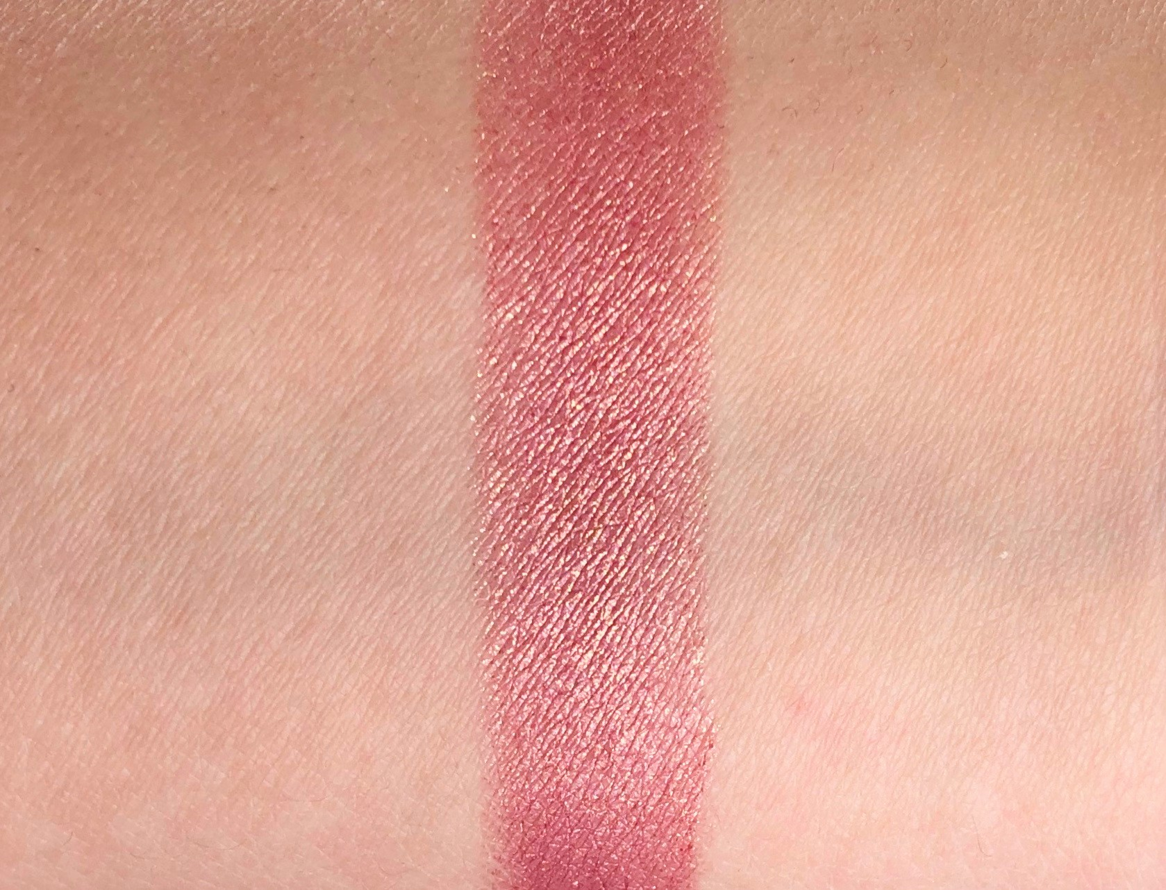 Review MAC Pretty Shiny Things A Wink Of Pink (6)