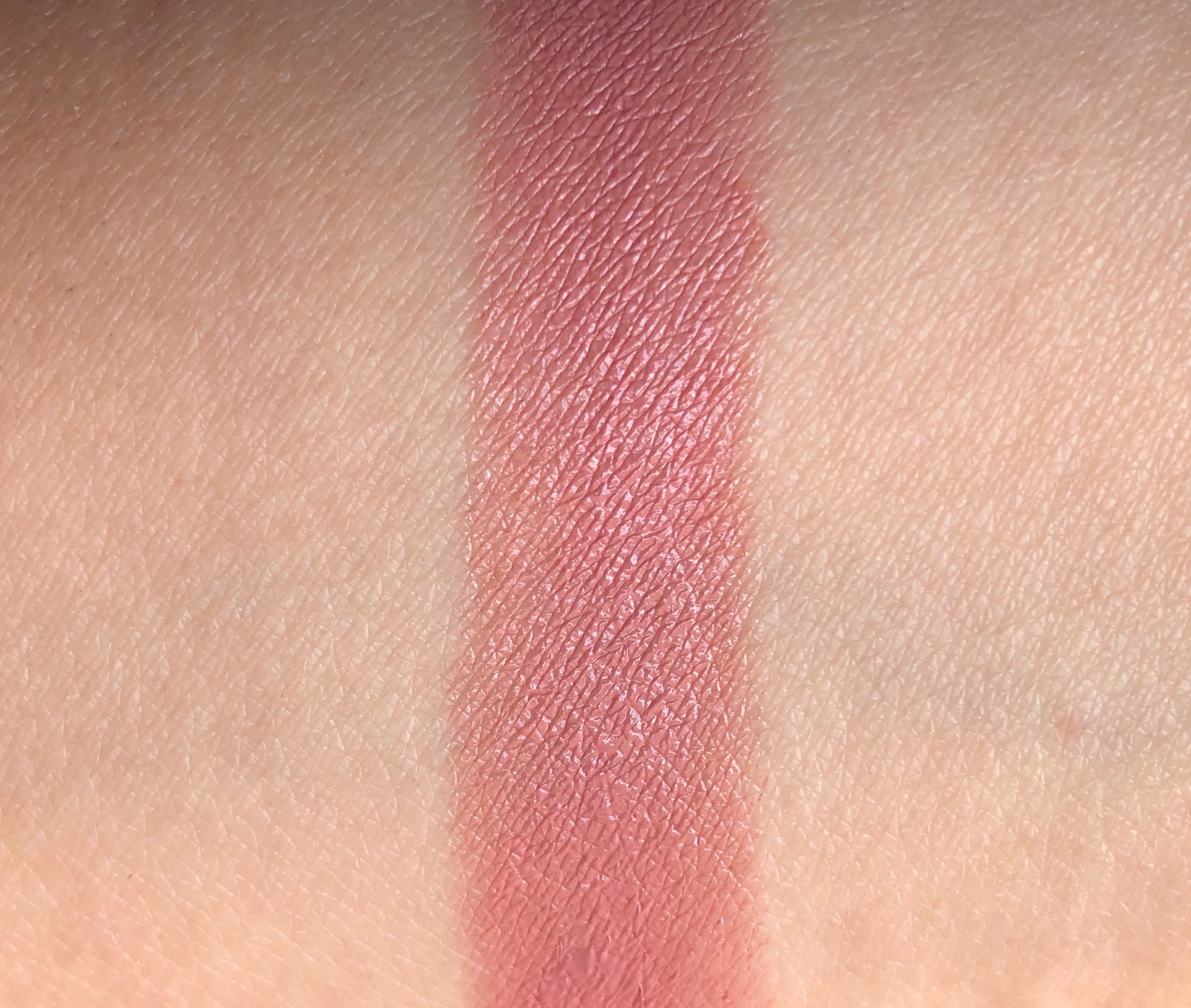 Review MAC Pretty Shiny Things Babetown Lipstick (13)