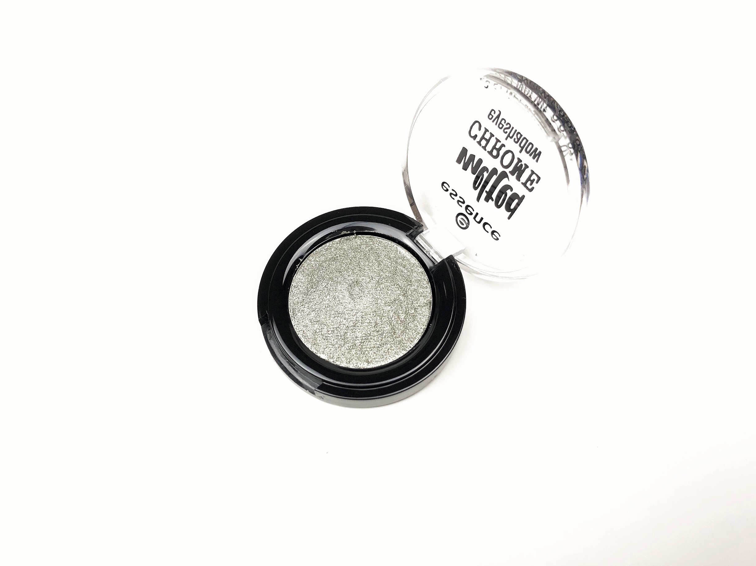 Recensione Essence Lead Me Melted Chrome Eyeshadow (2)
