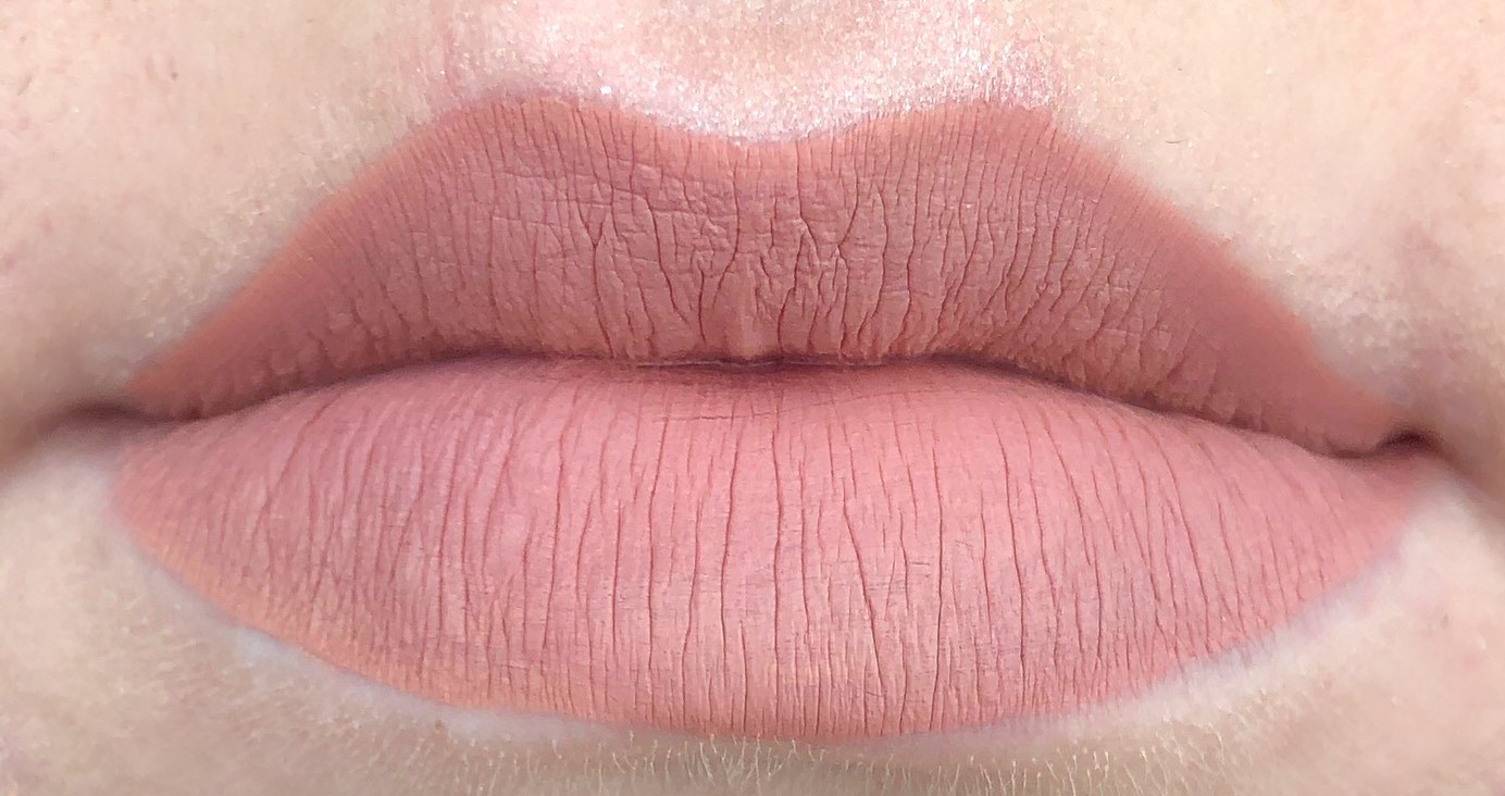 Jeffree Star Cosmetics Mannequin Velour Liquid Lipstick Review and Swatch