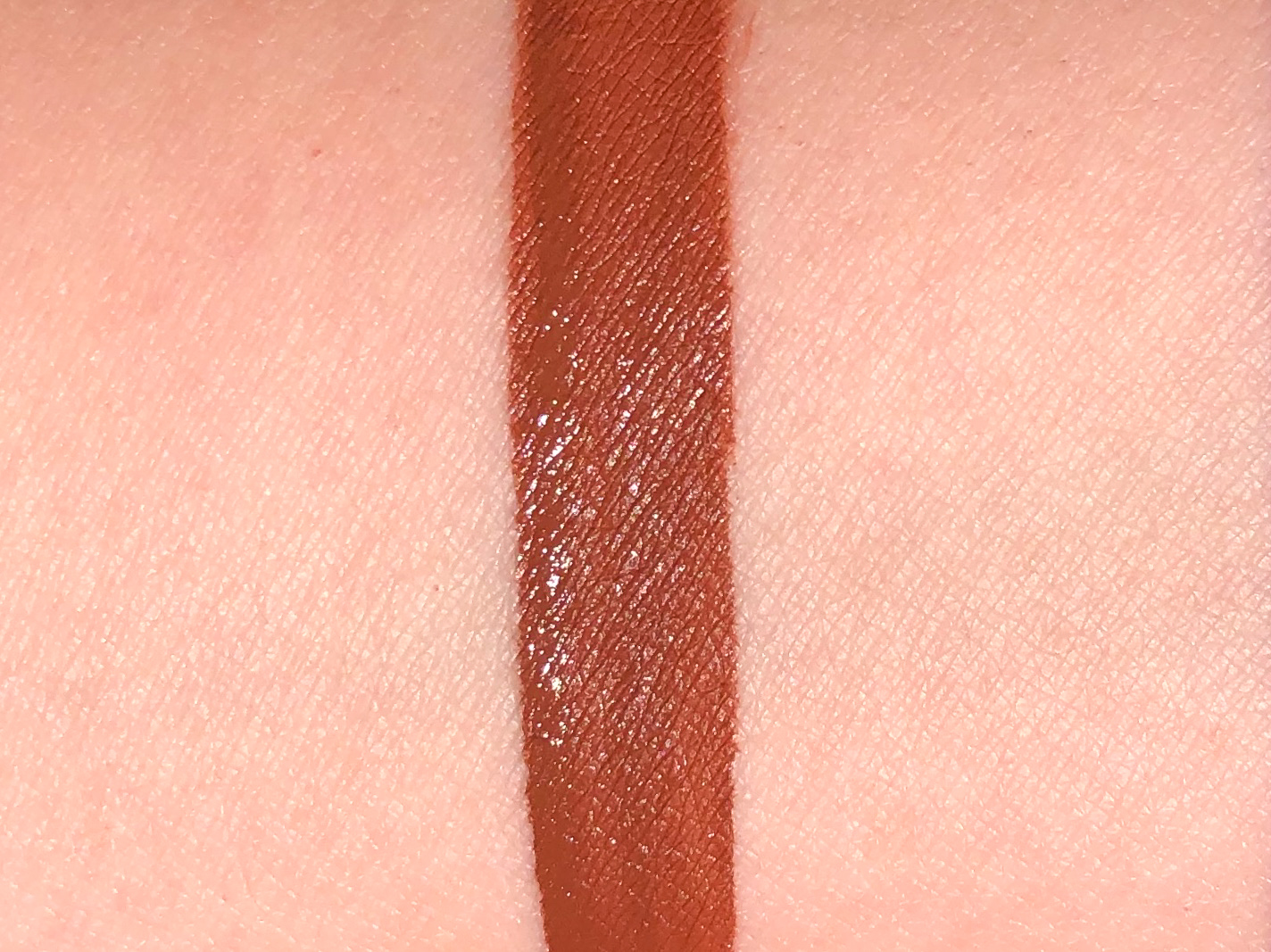 Recensione Rossetto liquido ultra opaco L'Oréal Volupto Choco Les Chocolates 2-2
