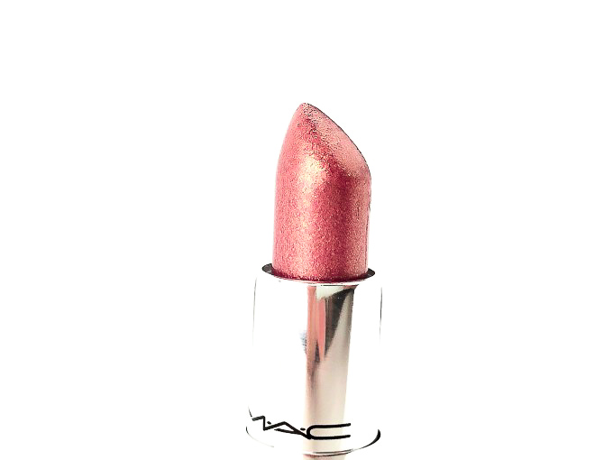 Review-MAC-Pretty-Shiny-Things-A-Wink-Of-Pink-4