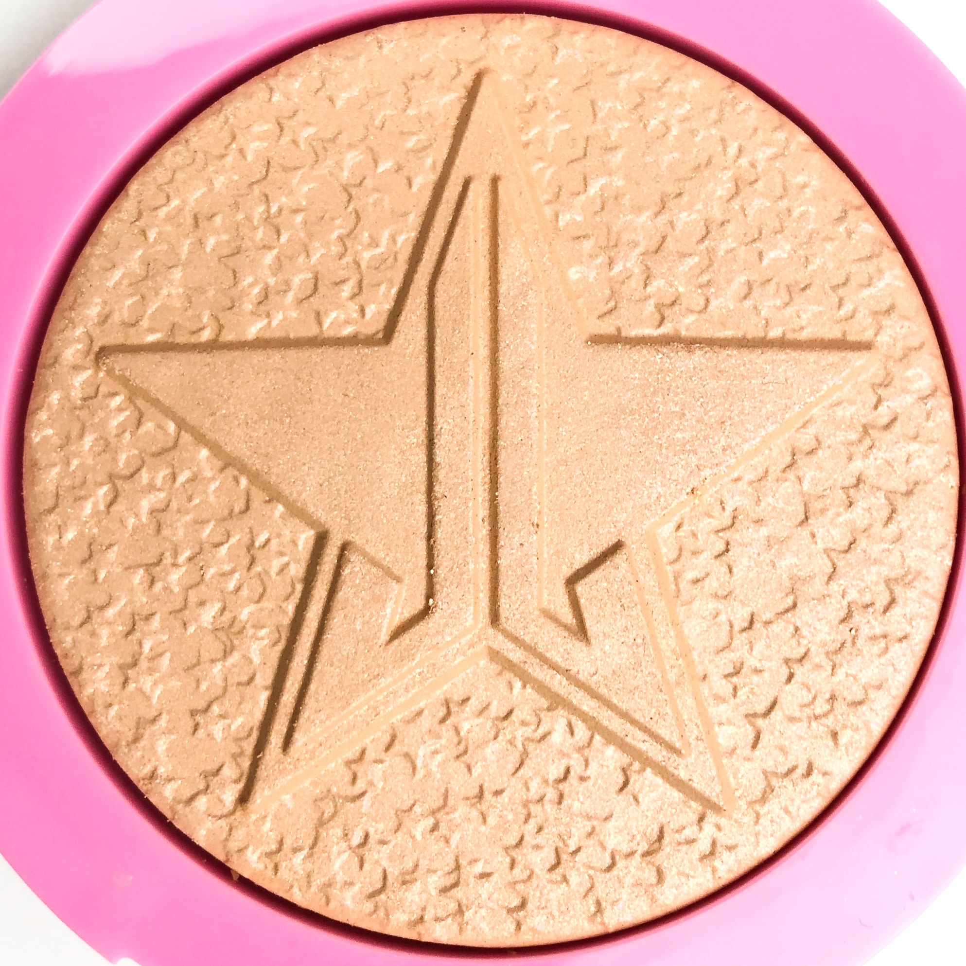 Jeffree Star Cosmetics Frozen Peach Supreme Frost Highlighter | Review