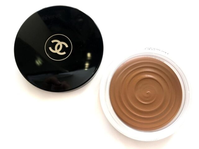 Chanel Soleil Tan Bronze Universel Healthy Glow Bronzing Cream review and swatch, chanel soleil tan bronzer , chanel soleil tan de chanel , chanel soleil tan de chanel review,
